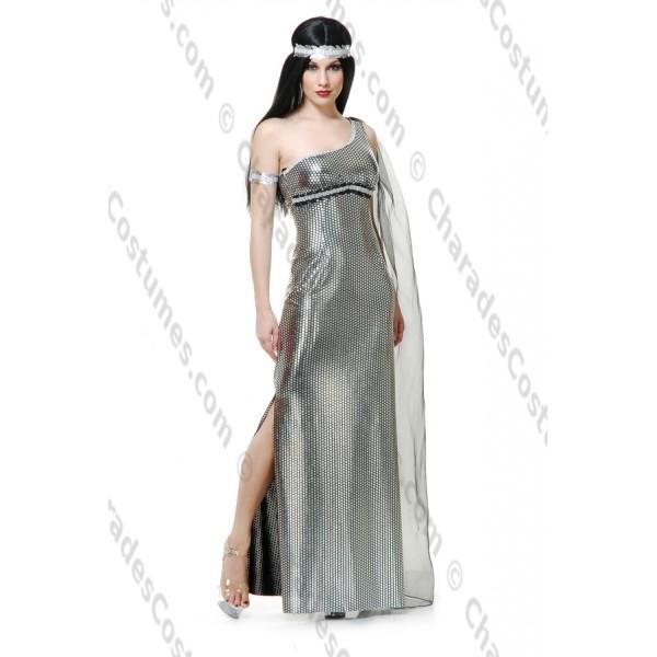 Goddess of the Night, XL