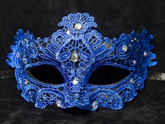 Colombina Macrame Style Mask