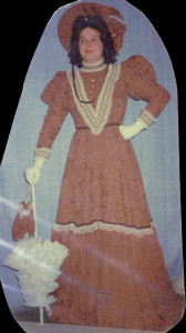 costumes-3.jpg