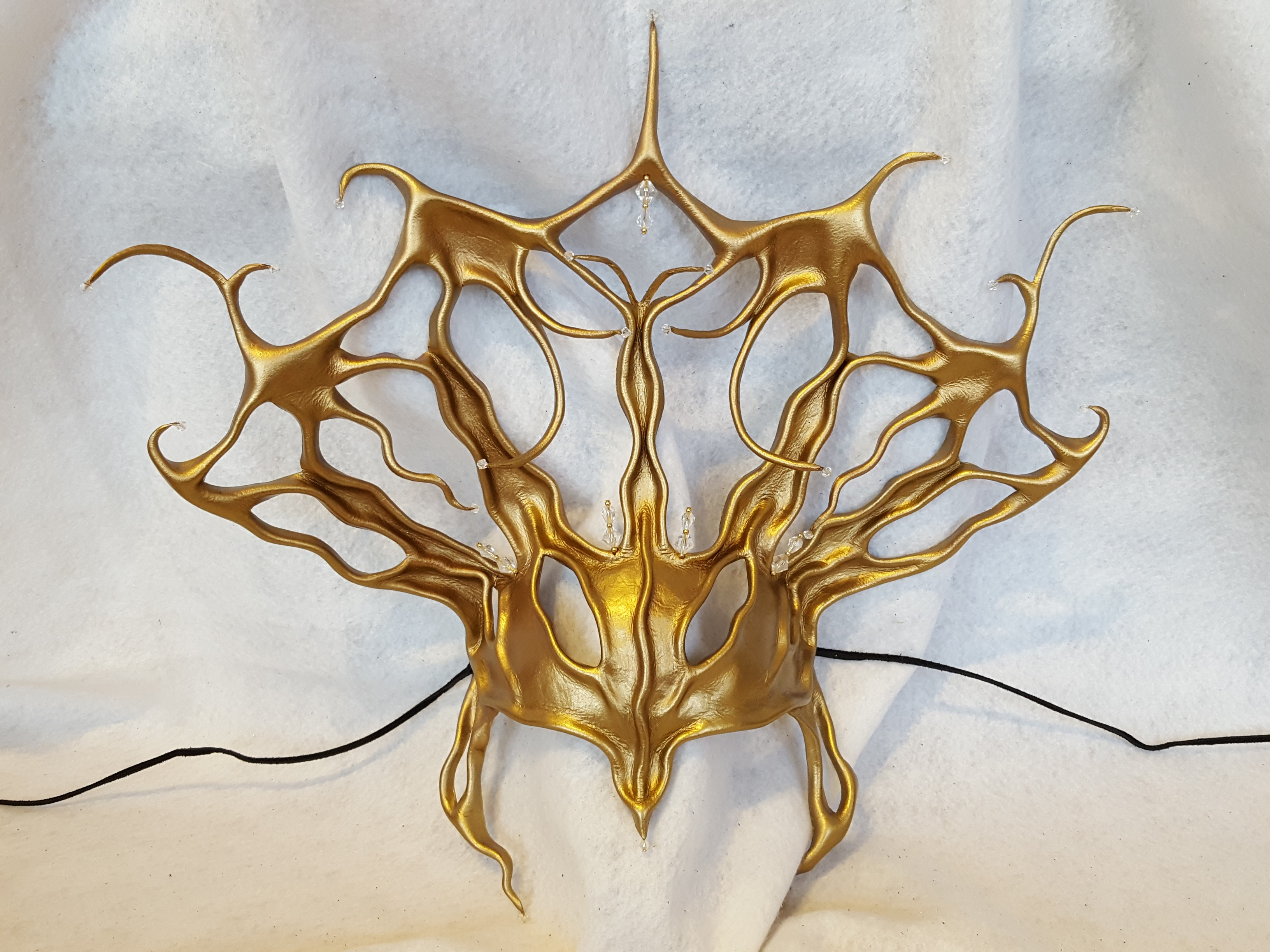 Dark Majesty Headpiece
