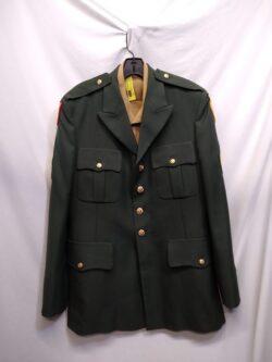 Bushmaster, shirt w/ pockets M 40-42